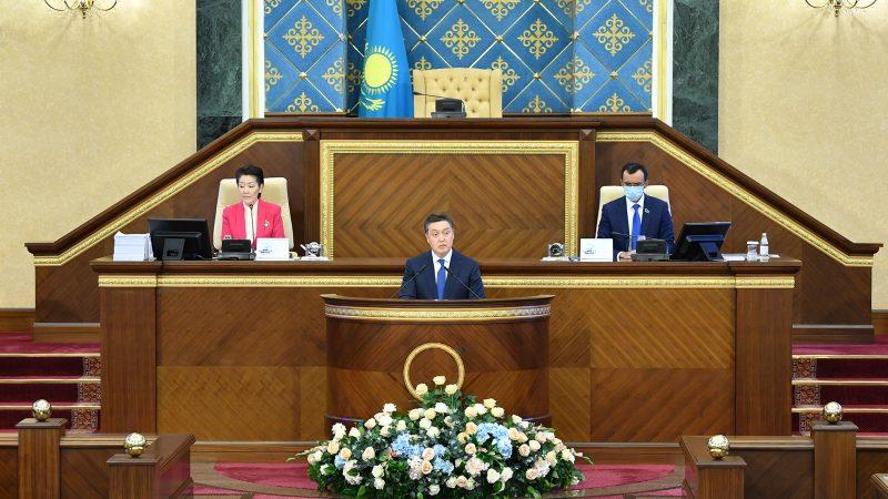 ҚР Премьер-Министрі Асқар Мамин Парламент палаталарының бірлескен отырысында Үкіметтің жұмысы туралы есеп берді