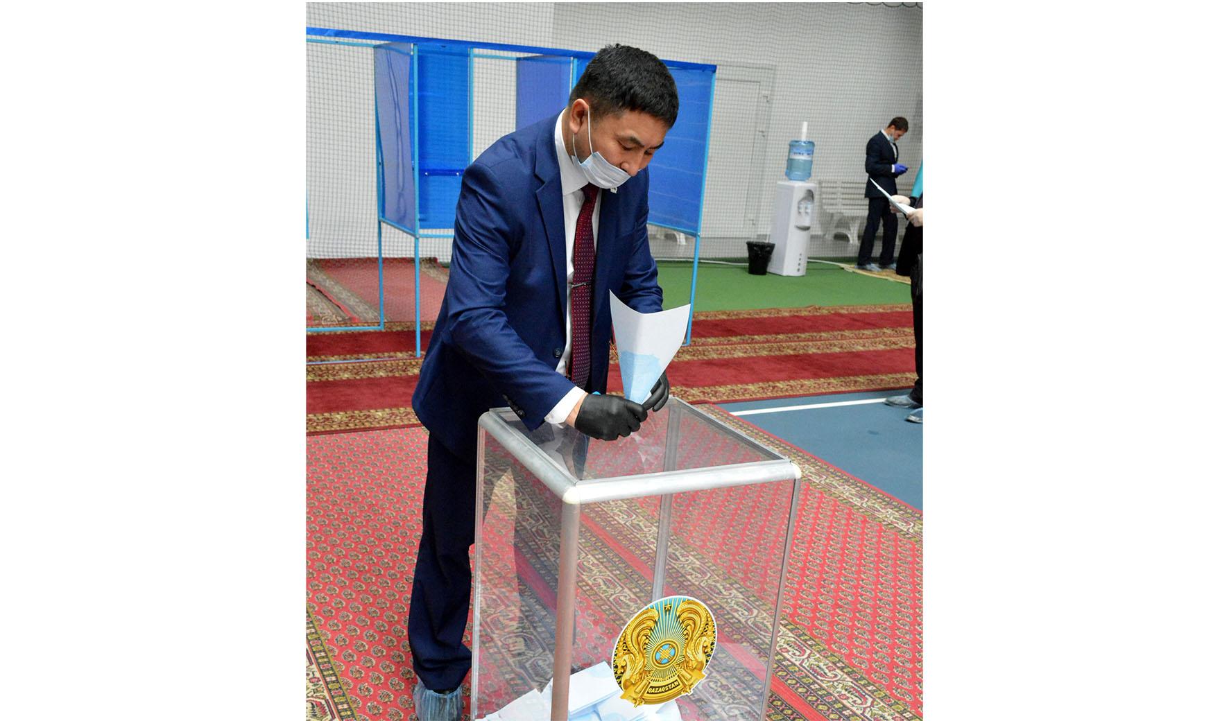 Қазақстан Республикасы Парламенті Сенатына  депутат сайланды