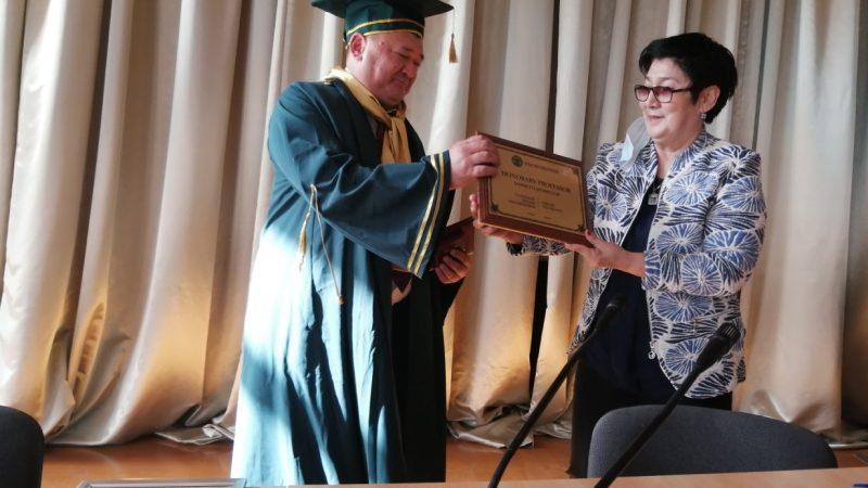Димаш Таласбаев – құрметті профессор