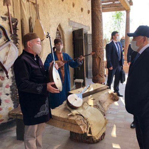 Елбасы «Әзірет Сұлтан» тарихи-мәдени қорығы аумағында орналасқан этноауылға барды