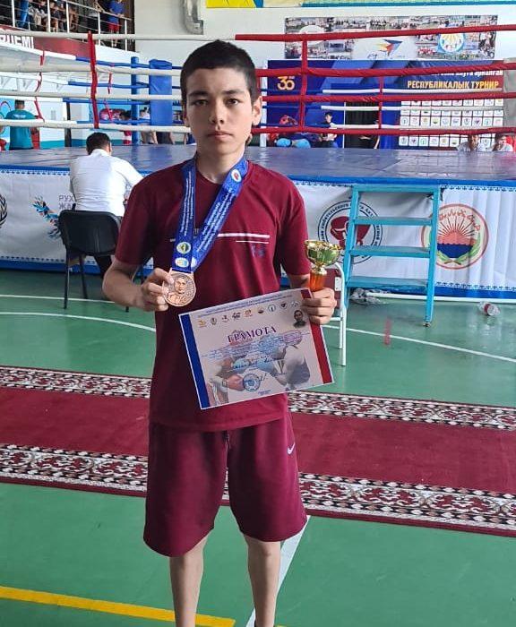 Ақмолалық боксшы республикалық турнирде үшінші орын алды