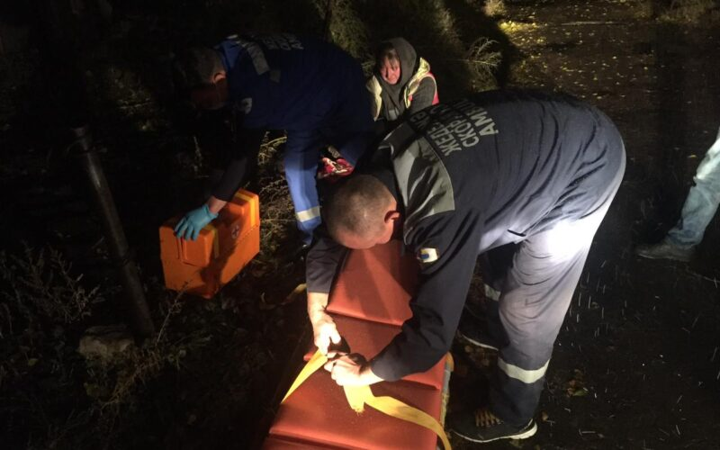 Ақмола облысында жанып жатқан пәтерден зейнеткер құтқарылды